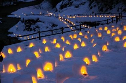 湯西川温泉「かまくら祭」開催