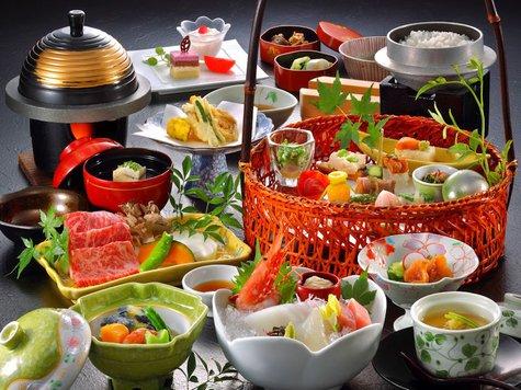 お得な3日間:3/9~11(金~日):ケーキセット+貸切風呂半額!