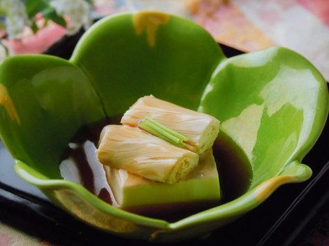 光り輝く春♪「恵みの春」料理ラン:栃木牛と山菜・春の香りを満喫。