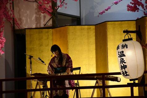 本日の夜桜大宴会(4/9)