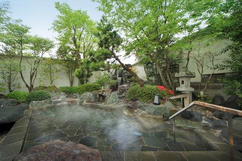 【朝風呂推奨】自然豊かな鬼怒川温泉の朝。「しじみ汁」をお召し上がりください。