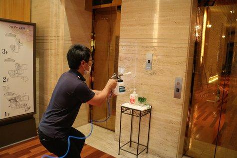 【衛生面強化】「抗菌作業」を館内各所で行いました!